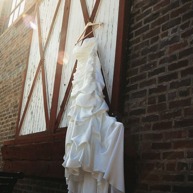 Wedding Dress building.square